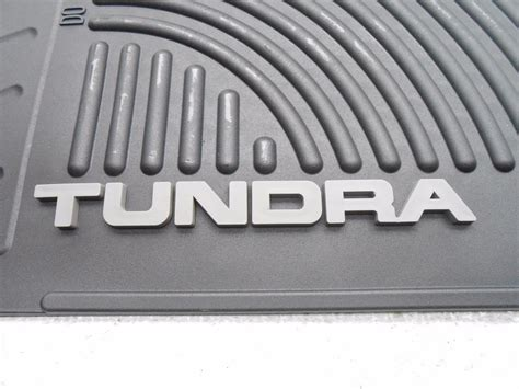 oem 2007 2013 toyota tundra rubber floor mats all weather
