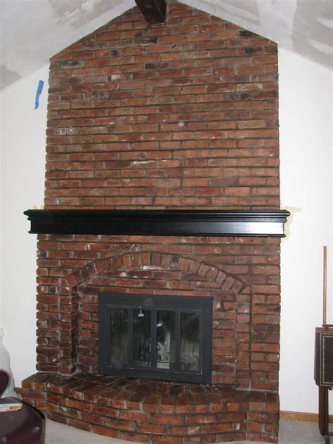 Staining Fireplace Brick by Let Us Bring Your Brick Fireplace Into This Decade The Magic Brush Inc Allwood