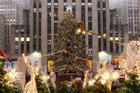 when is the tree lighting in nyc 2017 when is rockefeller center christmas tree lighting 2017