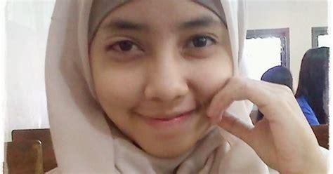 Gambar Nanda Top Terbaru koleksi gambar gadis abg berjilbab cantik imut terbaru 2014 distro7