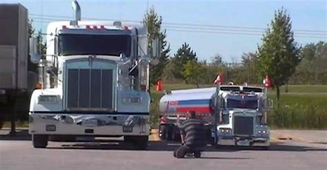 small kenworth trucks amazing small scale turbo cummins diesel kenworth truck
