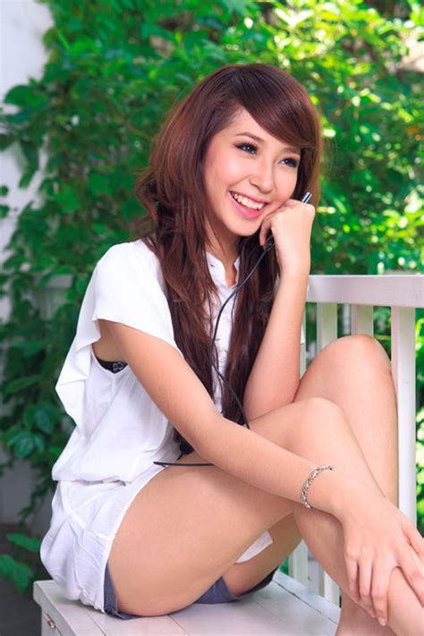 vietnamese singer and model khong tu quynh photos asia girls