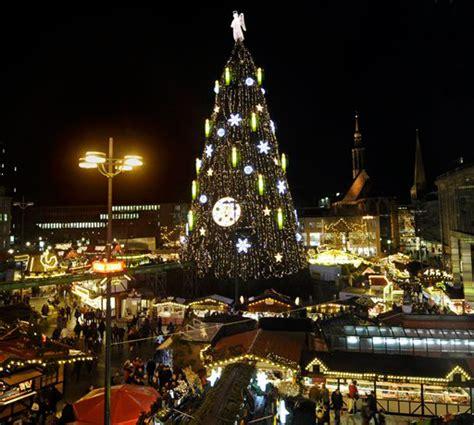 los 225 rboles de navidad m 225 s grandes del mundo
