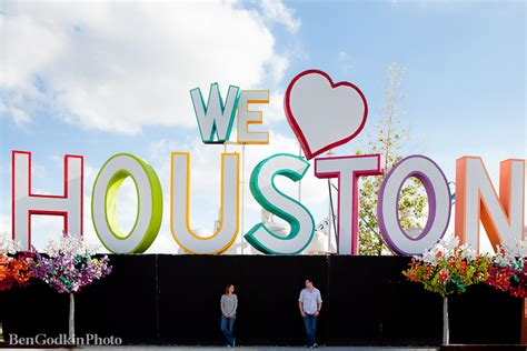 we love houston sign houston engagement photography hailey parker
