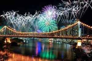 new year activities brisbane new year s fireworks on the brisbane river brisbane