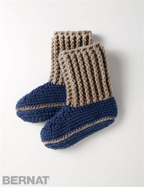 chunky slipper socks bernat slipper socks crochet pattern yarnspirations