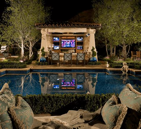 Bbq Pit Backyard 11 Amazingly Expensive Backyards You Would Die For