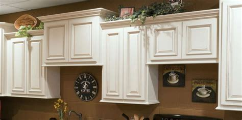heritage shaker white cabinets heritage white kitchen cabinets detroit mi cabinets
