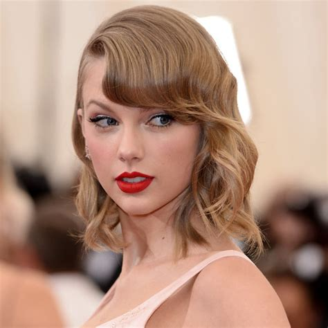 Taylor Swift Bob   Hair Tips & Trends: Best Celebrity