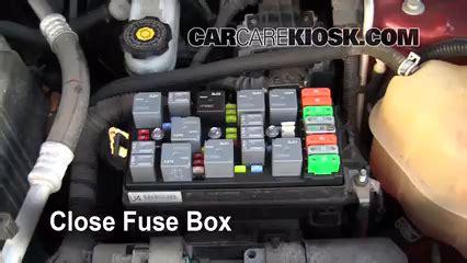 2007 Suzuki Xl7 Battery Replacement Replace A Fuse 2006 2009 Pontiac Torrent 2006 Pontiac