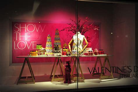 valentines day window displays 2012 187 retail design