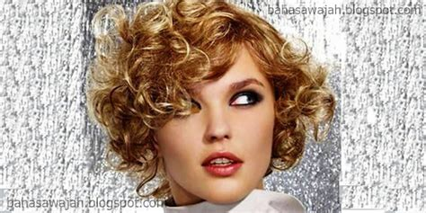 7 Model Rambut Untuk Wajah Lonjong by 7 Model Rambut Ideal Untuk Wanita Dengan Bentuk Wajah Oval