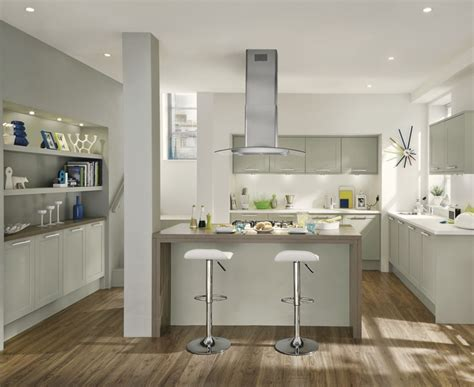 kitchen design howdens greenwich shaker grey kitchen shaker kitchens howdens