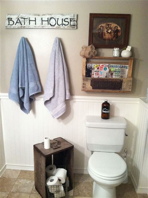Diy Bathroom Ideas Pinterest Rustic Bathroom Decor Diy Barn Wood Sign Pallet Shelf