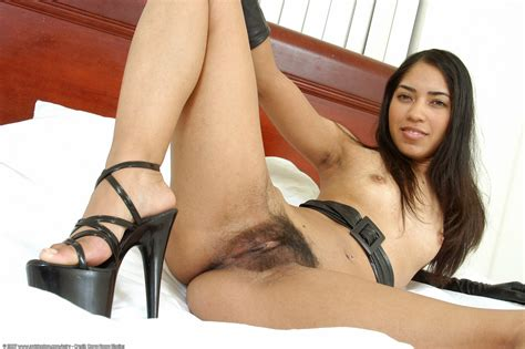 Billie Hairy Asian