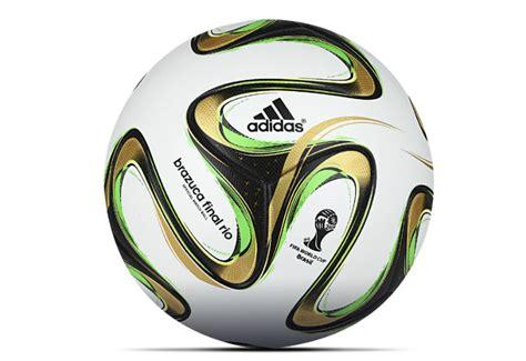 Real Madrid Year Raglan equipment football shirt page 117