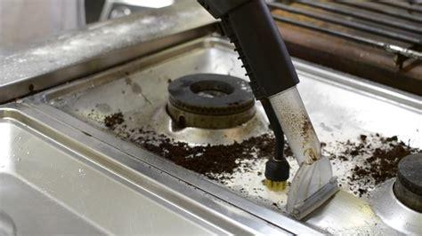pulizia piano cottura pulizia piano cottura ristorante restaurant cooking hob