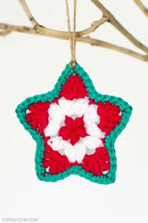 easy crochet christmas crafts simple crochet garland favecrafts