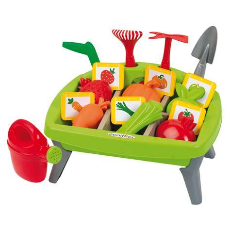 jouets jardin carr 233 potager ecoiffier king jouet faire comme les grands ecoiffier jeux d imitation