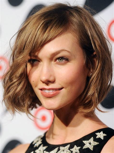 karlie kloss haircut karlie kloss short wavy bob with bangs hair and beauty