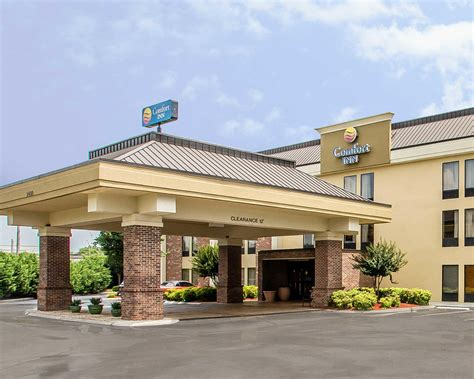 comfort inn chattanooga tn comfort inn downtown in chattanooga tn 37408