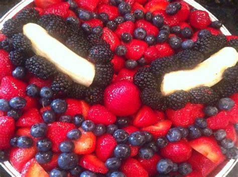 The Best Fruit Veggie Trays For Kids  Ee  Birthday Ee   Parties