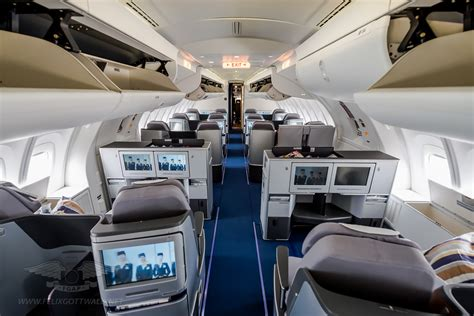 747 8i Interior by Inside The Lufthansa Boeing 747 8i
