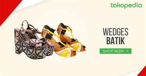 Wedges Sepatu Motif Batik 6 tips rahasia terlihat lebih tinggi tanpa harus memakai