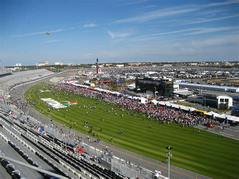 tracks in florida 3 best race tracks in florida the news wheel