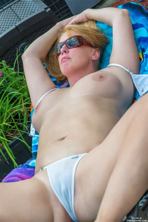 Watchersweb Amateur Milf Voyeur Amateur Milf Free Free Sassy Sunning
