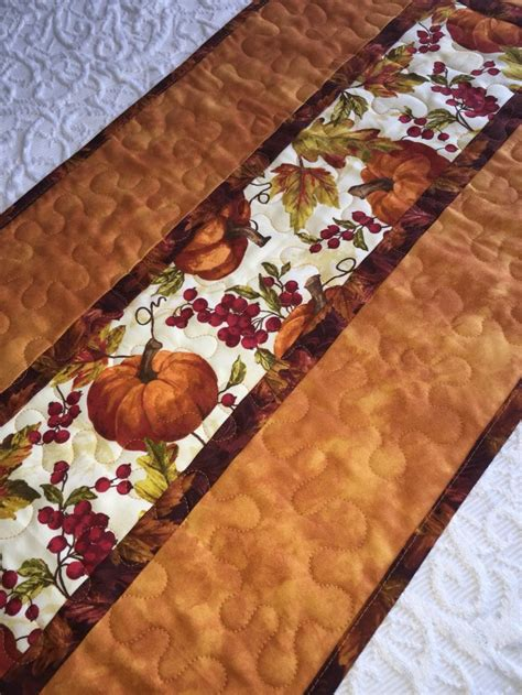Thanksgiving Table Runners by 25 Unique Thanksgiving Table Runner Ideas On