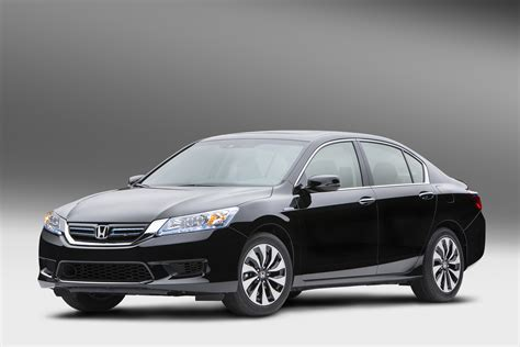 cars honda accord news 2014 honda accord hybrid claims 49 mpg city the