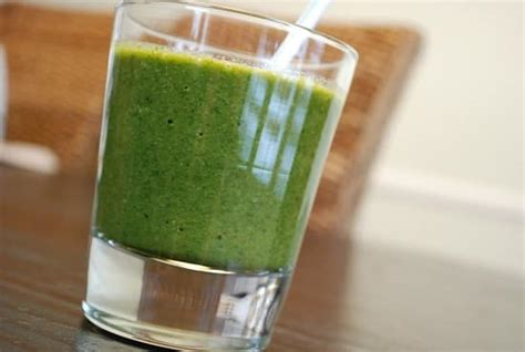 Snyder Detox Green Smoothie by Snyder S Glowing Green Smoothie Recipe 0 Points