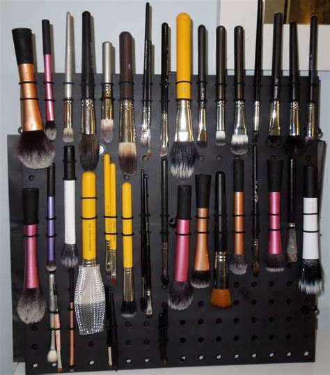 Diy Makeup Brush Drying Rack by Diy Makeup Brush Drying Stand Makeup Vidalondon