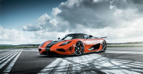 car pushing the limits koenigsegg speed king koenigsegg agera rs goes from 0 to 249 mph and