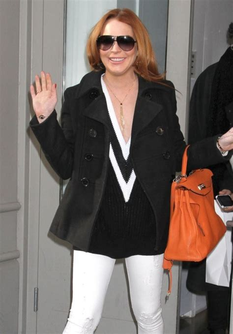Get Lindsays Casual Look by Lindsay Lohan Casual Style Out In New York City March 2014