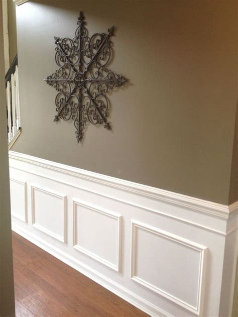 Diy Wainscoting Bathroom by Diy Classic Wainscoting Tutorial Entry Ways Faux