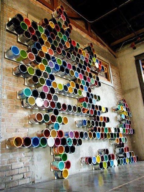 original instalacion artistica creando  mapa vertical
