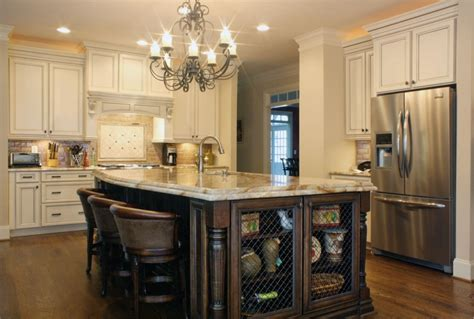 white kitchen cabinets with chocolate glaze how to antique white cabinets with chocolate glaze