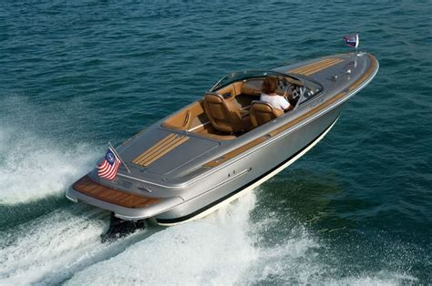 bullet boats stinger chris craft boats silver bullet 20 sexiest little boat