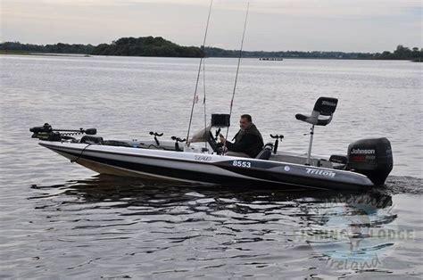 bass fishing boats uk bass boats equipment