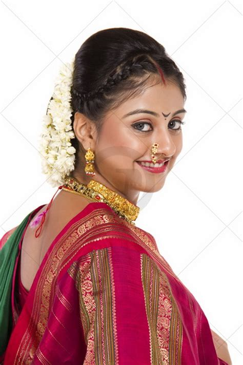 hairstyles in nauvari saree maharashtrian bridal hairstyle