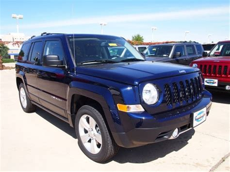 patriot jeep blue 2014 jeep patriot blue www imgkid com the image kid