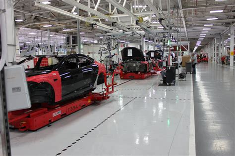 tesla factory tesla is union problems business insider