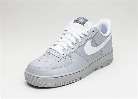 N 1 Grey nike air 1 180 07 wolf grey white grey