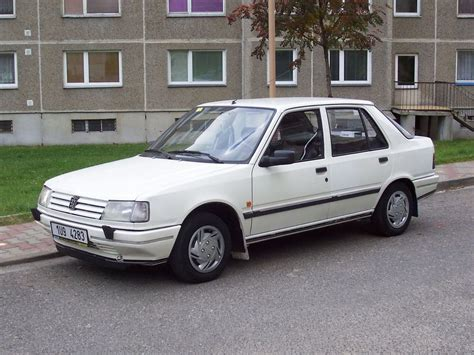 peugeot auto diesel view of peugeot 309 1 9 diesel photos video features