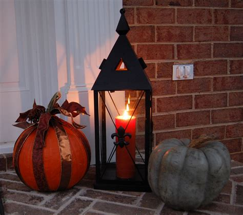 home halloween decor front porch decorated for halloween