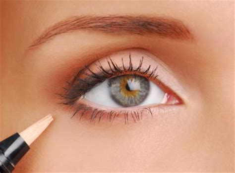 Hdtv Applied To Make Up by Step By Step Eye Makeup Photo Tutorial Lovetoknow
