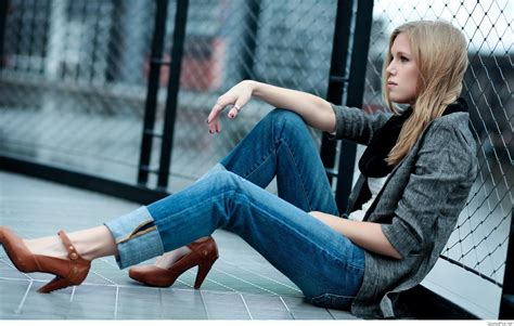 teenage model may grace s lovely casual fashion alone sad girls wallpapers images photos hd