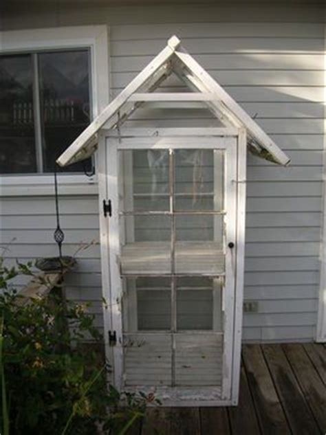 Small Shed Windows Ideas 25 Best Ideas About Mini Greenhouse On Pinterest Recycled Windows Small Greenhouse And Small